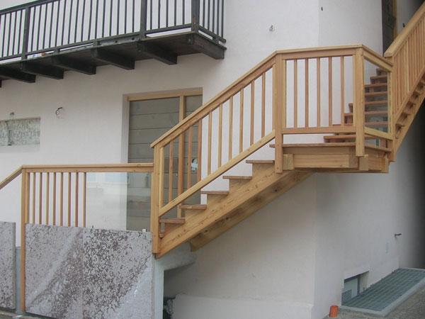 Falegnameria gubert balconi e scale esterne - Foto scale esterne ...