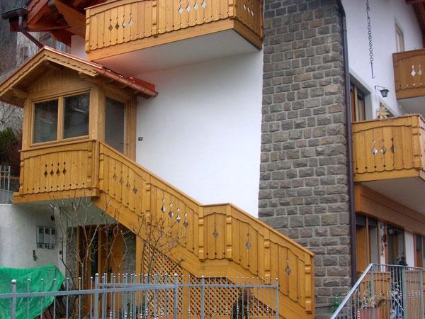 Falegnameria gubert balconi e scale esterne - Impermeabilizzazione scale esterne ...