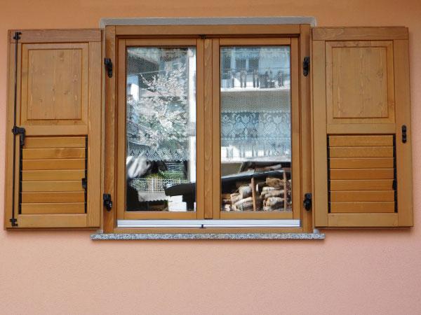Imposte finestre finest da porte e finestre sotto soglia for Imposte finestre