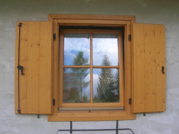 Falegnameria gubert finestre e portefinestre for Es finestra