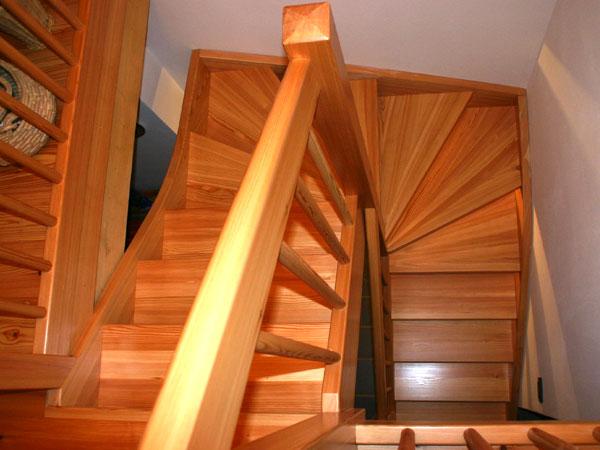 Falegnameria gubert scale autoportanti - Scale autoportanti in legno ...
